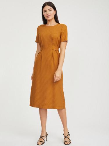 Платье с завязками на талии