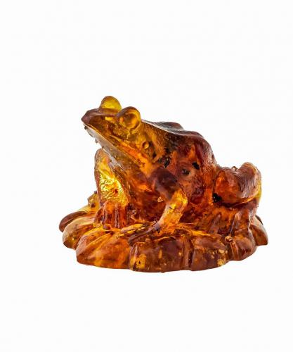 Лягушка янтарная 1365