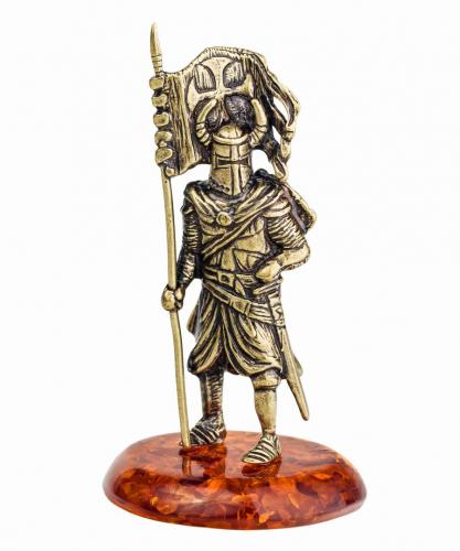 Рыцарь Знаменосец 221