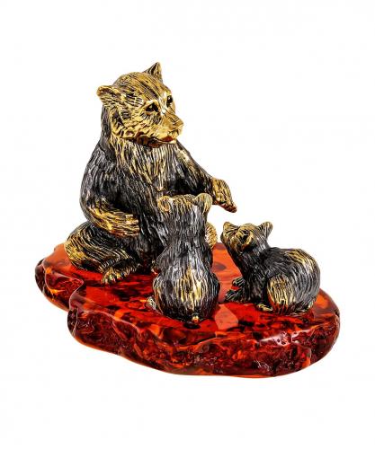 Медведица с малышами 2304