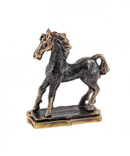 Лошадь Радуга без подставки 1927.1