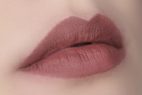 EVA Карандаш для губ 8 Hours Stay Lips стойкий, 02