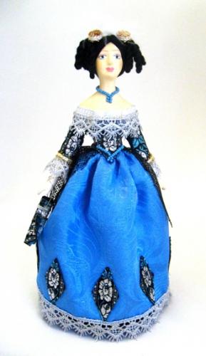 Кукла сувенирная фарфоровая. Дама в маскарадном костюме.19 в. Европейская мода.