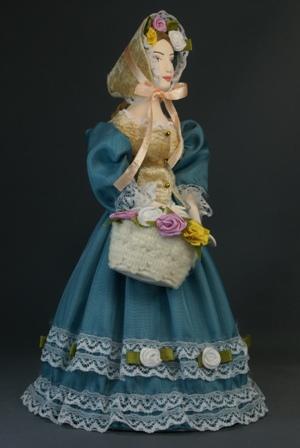 Кукла сувенирная фарфоровая. Дама в светском костюме с корзинкой цветов. Нач. 19 в. Петербург.
