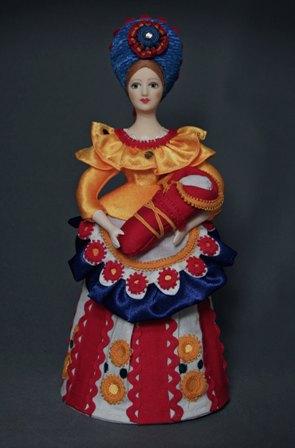 Кукла сувенирная фарфоровая. Няня с ребенком. По мотивам дымковской игрушки. Россия.