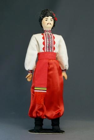 Кукла сувенирная фарфоровая.  Полтавская обл. Киевская губ. Украинский мужской костюм К.19-н. 20 в.