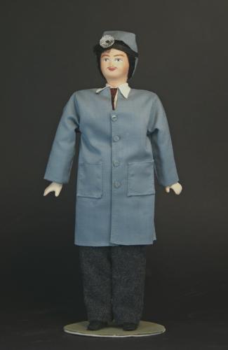 Кукла сувенирная фарфоровая. Врач-отоларинголог.