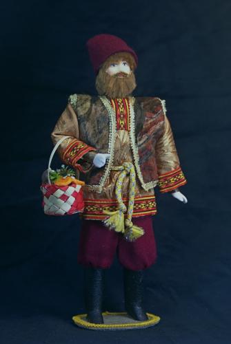 Кукла сувенирная фарфоровая. Сентябрь. Сказочный персонаж.