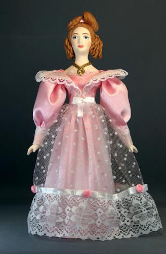 Кукла сувенирная фарфоровая. Дама в костюме эпохи бидермайер.20-40-е г.19 в. Петербург.