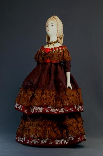 Кукла сувенирная фарфоровая. Дама в бальном платье. Сер. 19 в. Европа.