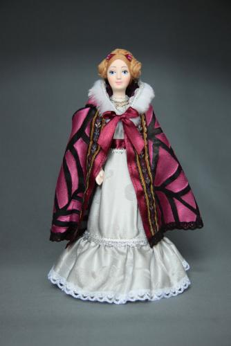 Кукла сувенирная фарфоровая. Дама в мантилье. Нач.19 в. Петербург