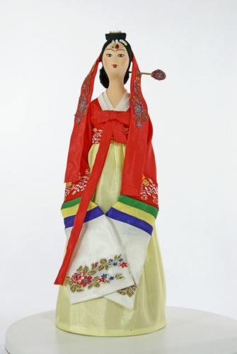 Женский праздничный традиционный костюм. Сев.Корея