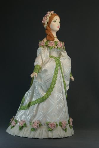 Кукла сувенирная фарфоровая. Дама в бальном платье. Кон.18 в. Петербург