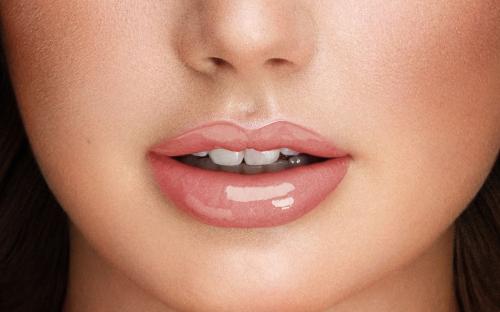 ПУПА Блеск для губ MISS PUPA GLOSS тон 300 Нежный поцелуй