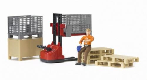 Механический складской погрузчик со складскими аксессуарами и фигуркой