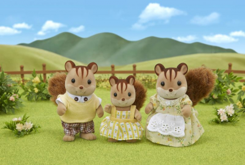 Семья Белок (3 фигурки)