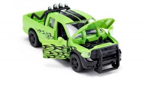 Машина Dodge RAM с прицепом для животных (1:50)