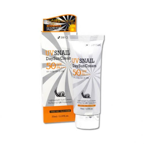 Солнцезащитный крем с улиточным муцином 3W Clinic UV Snail Day Sun Cream SPF 50+ PA+++  70ml