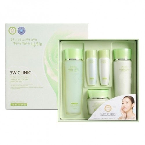 Набор из 3-х предметов для лица увлажняющий 3W CLINIC Snail Moist Control Skin Care 3 set + 2 мини-подарка