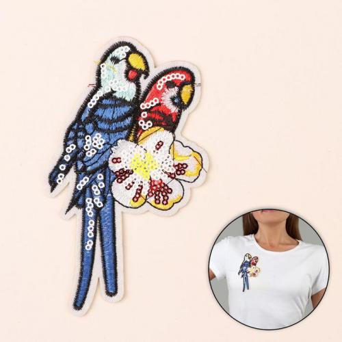 Термоаппликация «Попугаи», с пайетками, 13,5 × 8 см