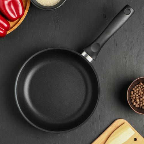 Сковорода KUKMARA «Традиция», d=22 см
