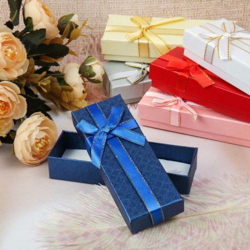 Коробочка подарочная под браслет/кулон/цепочку