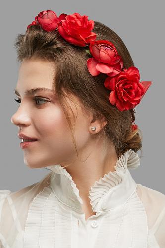 Веночек с розами и пионами Символ любви #247427Красный, малиновый, зеленый