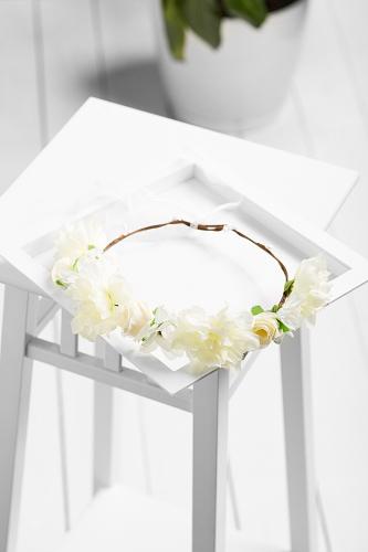 Веночек с розами, азалиями и хризантемами Лесная сказка #259250Белый, бежевый, зеленый
