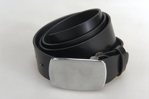 Мужской ремень № 17654 ,цвет черный