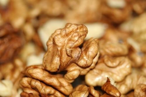 Грецкие орехи очищ киргизия светлые