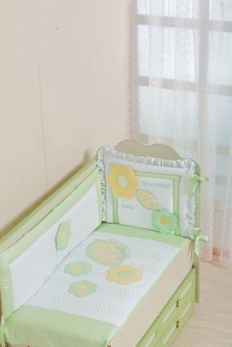 Бампер в кроватку для новорожденного «Цветные Сны»