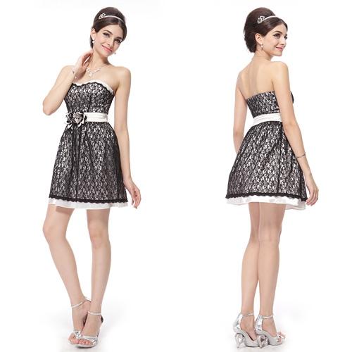 Чёрно-белое платье с цветами