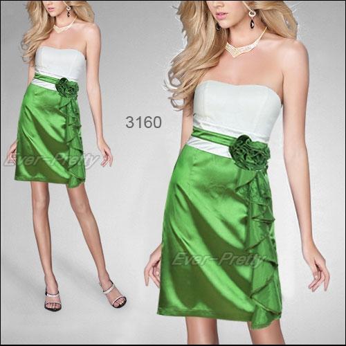 Прелестное платье мини без бретелек с оборками