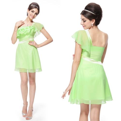 Очаровательное светло-зелёное летнее платье