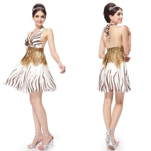 Платье с леопардовым принтом и брошью