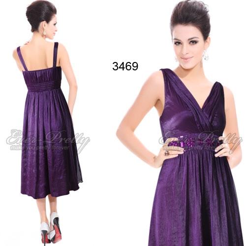 Фиолетовое платье, украшенное кристаллами