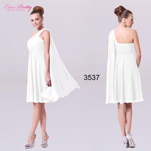 Белое платье с оригинальной бретелью