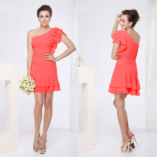Коралловое шифоновое платье с оборками
