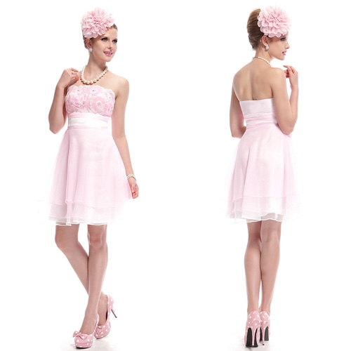 Розовое многослойное платье со стразами