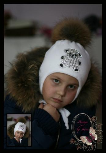 Вязаная шапка для девочки «BEAR»(белый)