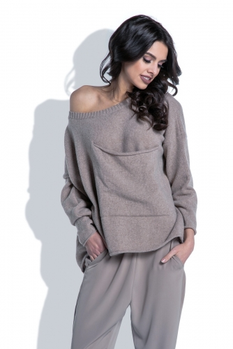F403 свитер мокка 2490р