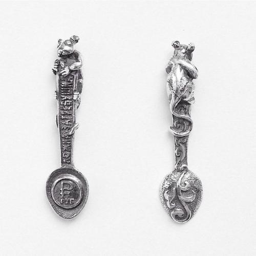 Ложка загребушка с мышкой. Чернёное серебро 925