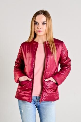 Демисезонная женская куртка,цвет-бордо