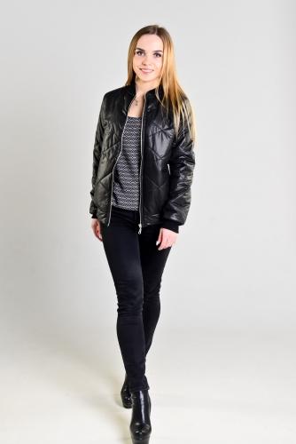 Женская утепленная куртка-бомбер, цвет- черный