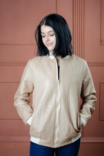 Арт.BGS Женская стеганая куртка - бомбер, цвет- светло бежевый