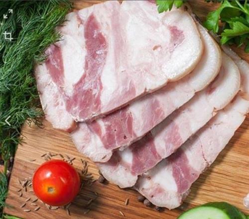 Мясо свиных голов