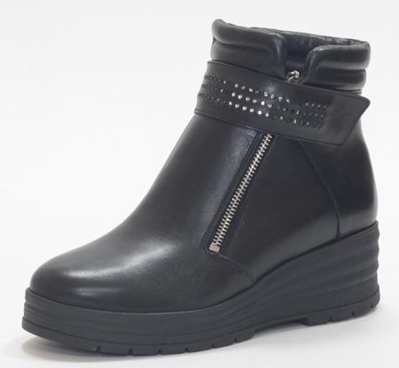 Ботинки мод 902 3200р кожа