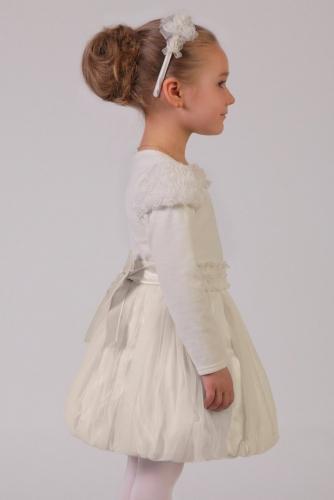 Нарядная молочная блузка для девочки, модель 0612