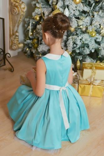 Нарядное платье цвета