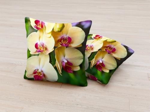 Фотоподушка Желтые орхидеи